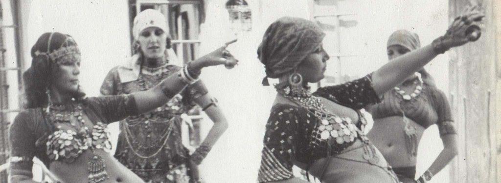 Masha Archer y su troupe, bailarinas de American Tribal Style