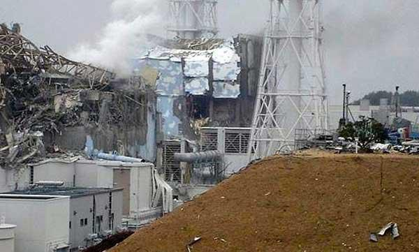 reactor de Fukushima II destrozado